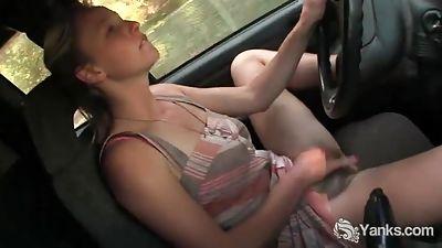Aden Rose cums in the car