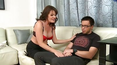 Dane goes to Billy's mother to discuss... and whore can aid!