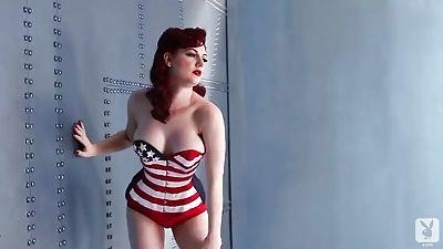 Yankee Pinup with redhead Angela Ryan