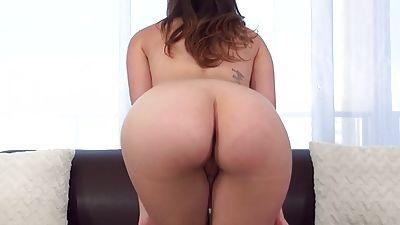 Ass bum butt cooter crotch pantie skirt undies — photo 1