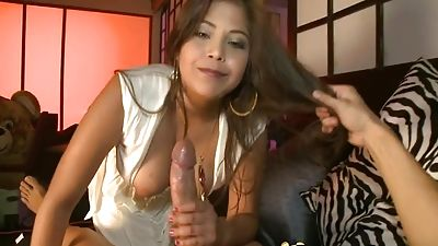 By dancing cub hot Latin chick gets banged
