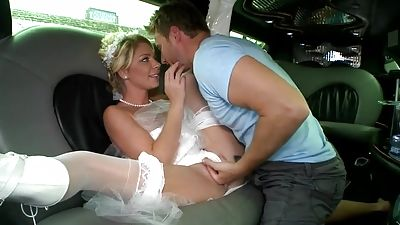 Bride in milky sundress that was beautiful gets fucked