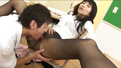 Pantyhose porn in fashion that is Japanese