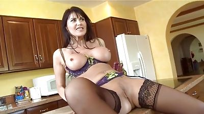 Fucking a hot French Milf