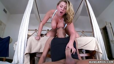 Natural titted stunner Brooke Wylde gets shagged from behind