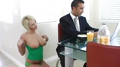 Desperate house wife cheating on spouse