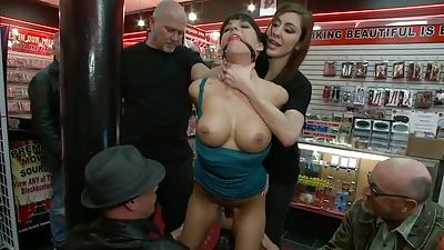 Free pussy at the shop that is porn