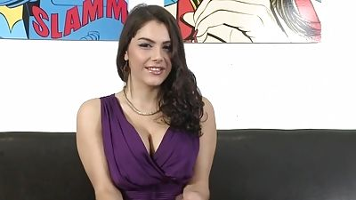 Magnificent Valentina Nappi spreading